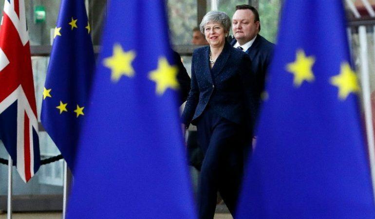 Les dirigeants acceptent un report du Brexit sous conditions
