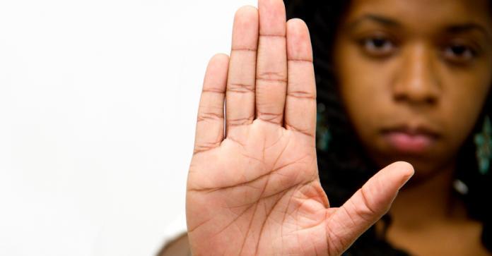 Combattre la violence faite aux femmes...