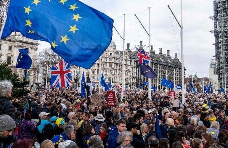 Echange avec Olivier Cadic, anglophile et sénateur des Français de l'Etranger, sur le Brexit
