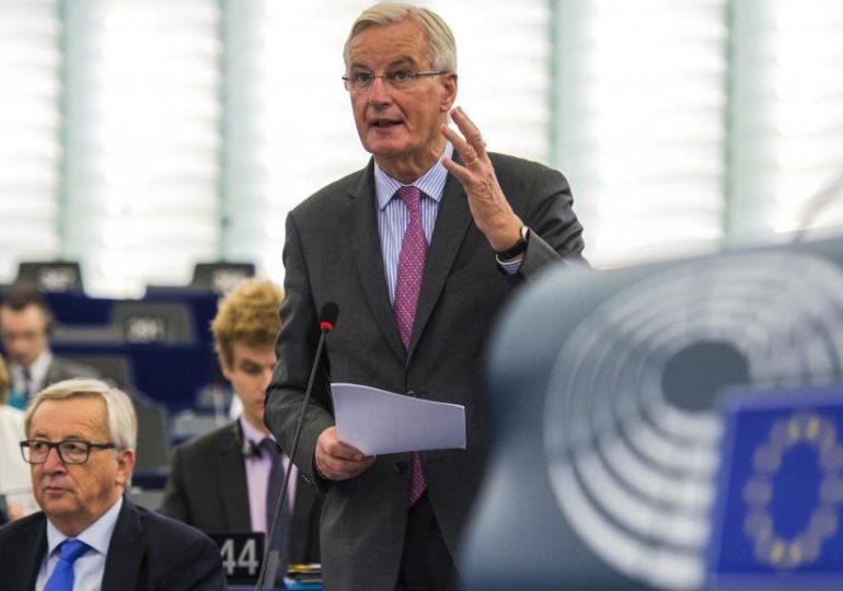 Michel Barnier recadre un député Brexiter - Vidéo Euractiv