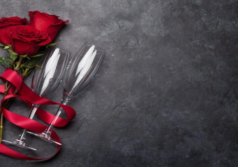 J-7 : La Saint-Valentin dans le monde, quels cadeaux pour les amoureux?