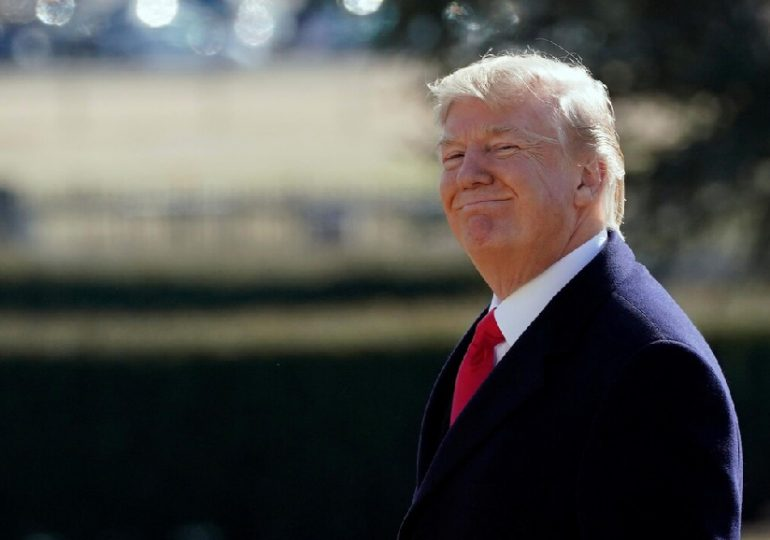 """""""L'histoire se rappellera d'une victoire à la Pyrrhus pour les républicains du Sénat, pour le parti républicain et pour le président Trump"""", Chuck Schumer Sénateur de New-York"""