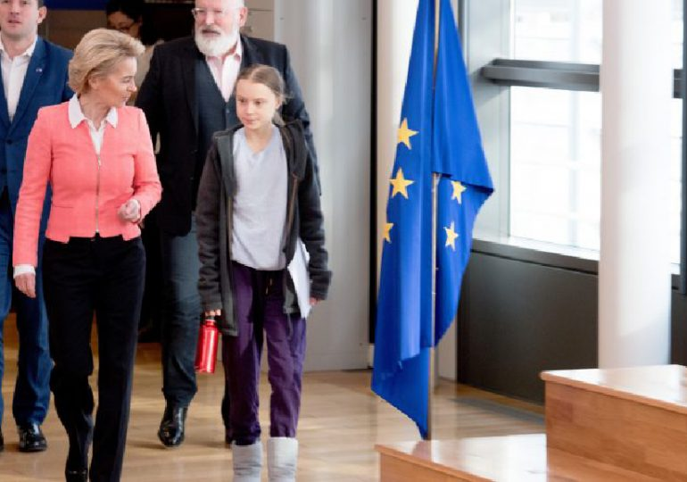 La loi climat, une «capitulation» selon Greta Thunberg