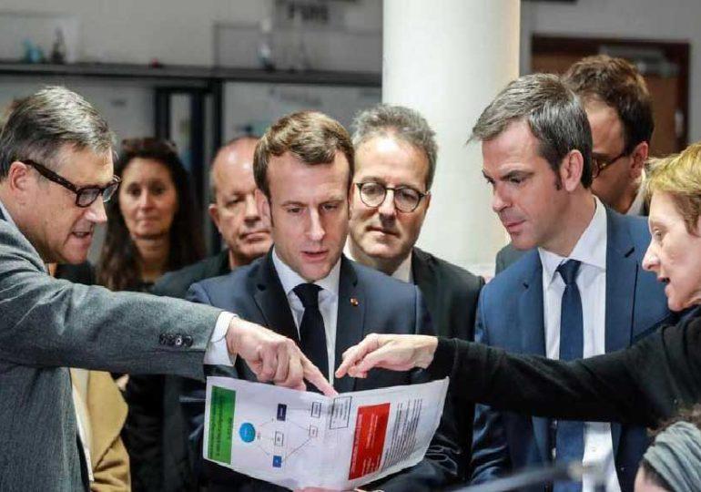 """'La France traverse sa plus grave crise sanitaire depuis un siècle """" Emmanuel Macron"""