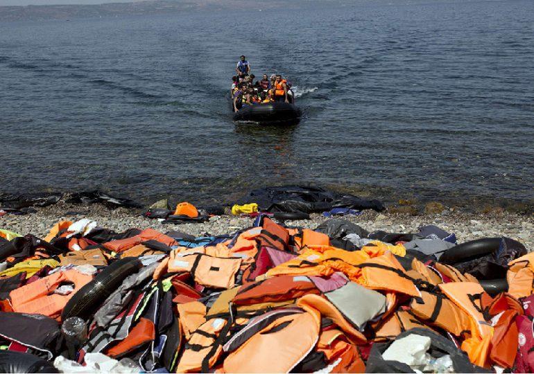 L'UE tente d'empêcher l'afflux massif de réfugiés