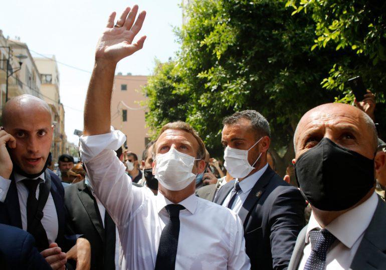 """""""C'est la place de la France d'être aux côtés du peuple libanais"""", estime Emmanuel Macron, évoquant les liens forts qui unissent les deux pays."""