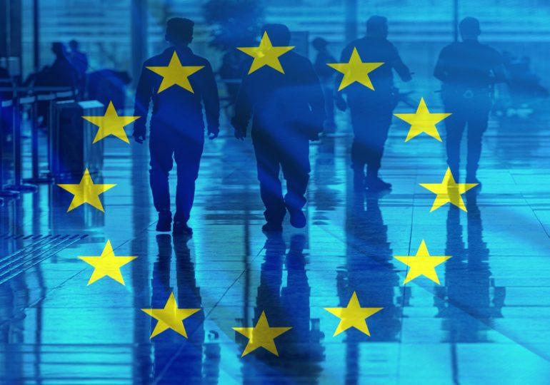 l'Union européenne restreint l'accès à son territoire à seulement 12 pays