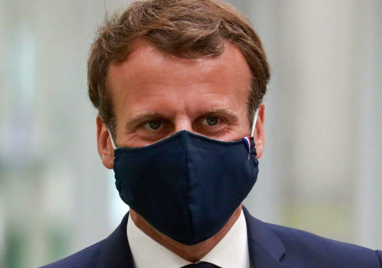 """""""École, travail,  lieux publics : partout des règles claires pour permettre à chacun de reprendre en confiance."""" Emmanuel Macron suite au Conseil de défense du mardi 25 aout 2020"""