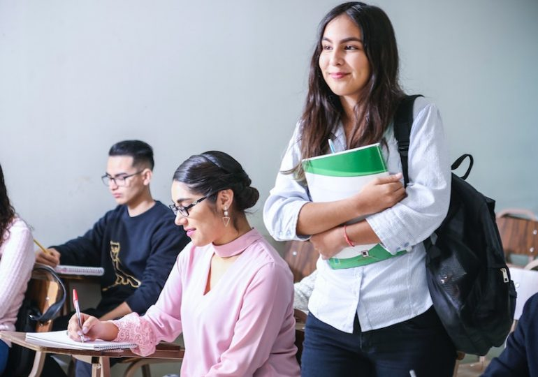Étudier à l'étranger : comment apprendre la langue locale rapidement ?
