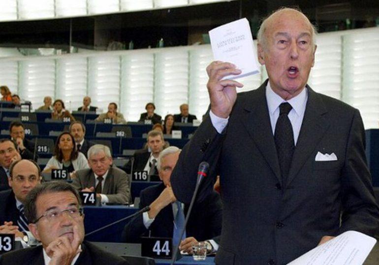 Valéry Giscard d'Estaing, désormais «Loin du bruit du monde»