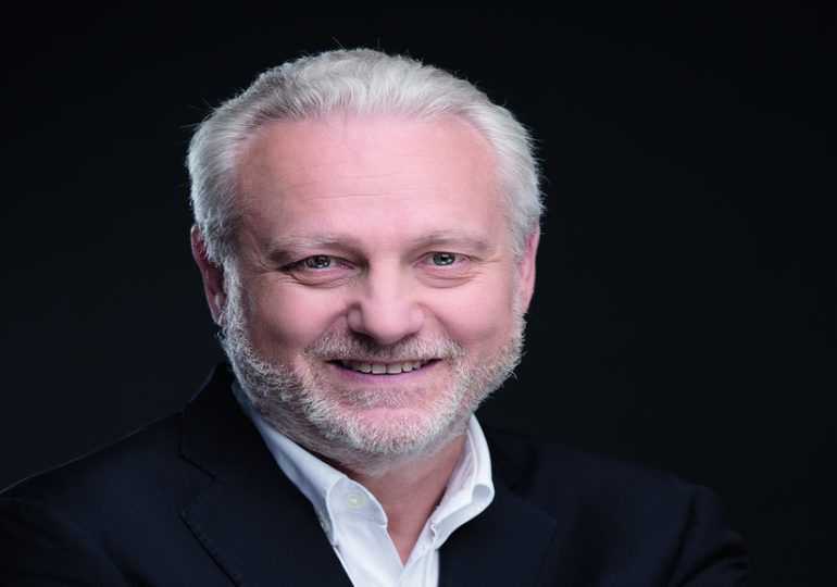 Yves Bigot, le bon génie de la Francophonie -Podcast Audio