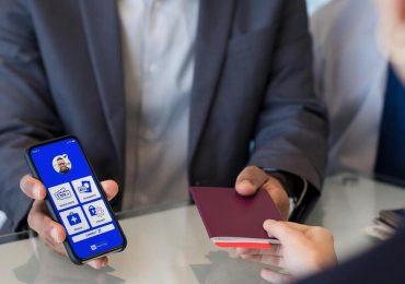 Les compagnies aériennes implorent l'UE de mettre en place un passeport vaccinal
