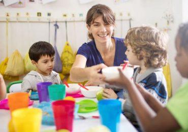AESH, Accompagner les enfants français handicapés dans le monde